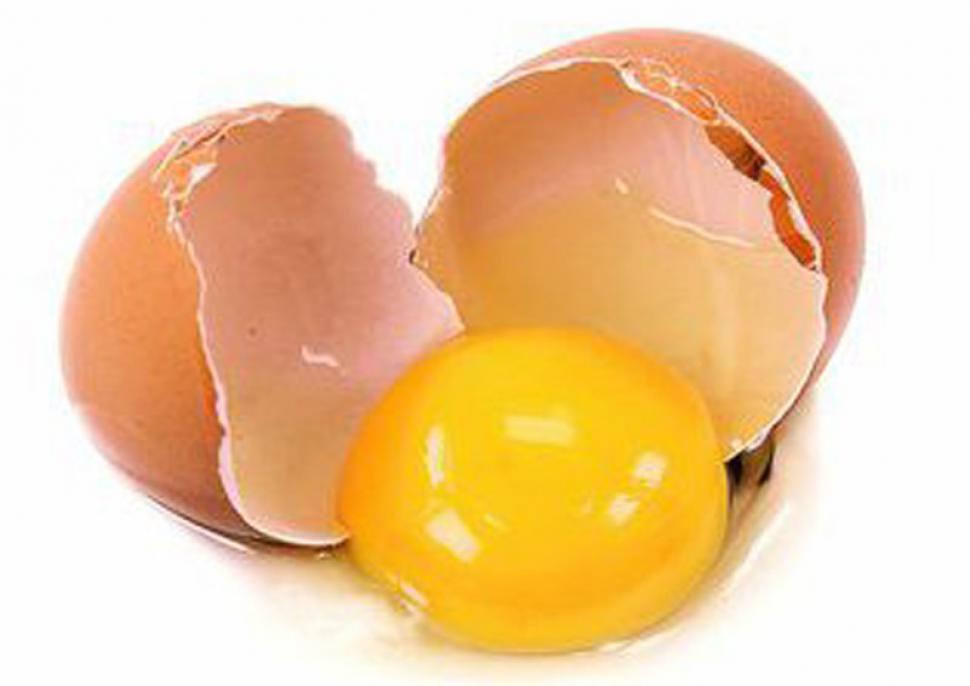 Masca cu albus de ou pentru riduri